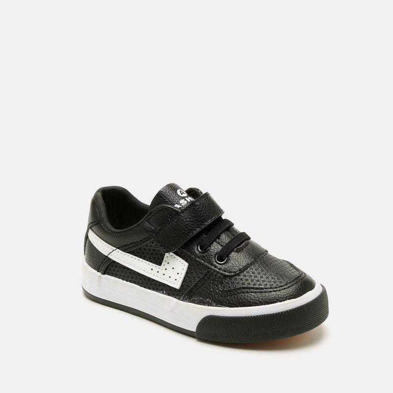 נעל ספורטיבית לילדים עם סקוצ'ים